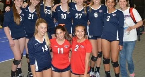 Saddleback Valley 15s team pic, with Dream Team selection Lauren Small (6).