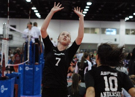 Sydney Lostumo makes a triumphant return to the court for Aspire 16 Rox
