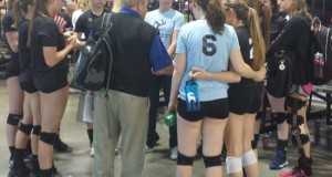 Colorado Jrs 17 Tara, the 17 USA champ at Crossroads, gathers after going 3-0 as a No. 3 team in its pool in 17 Open on Day 1 at PNQ.