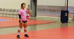 Lindsey Ng, a libero from Ka Ulukoa 18 Black, caught the attention of many college coaches in attendance, as well as the on-court instructors.