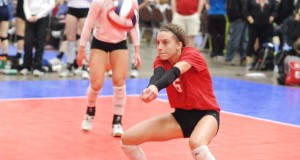 Mari Hinkle sparked Northern Lights 151 to the 15 Open final with her defense and passing
