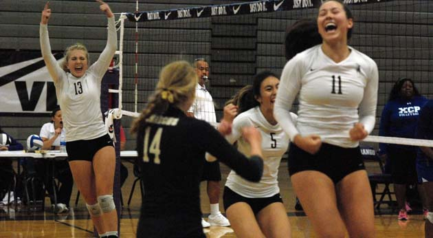 Mitty Scratches Seven Year Itch At Durango Prepvolleyball Com Club Volleyball High School Volleyball College Volleyball